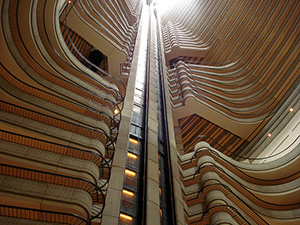 Hunger-Games-Catching-Fire-Atlanta-Marriott-atrium